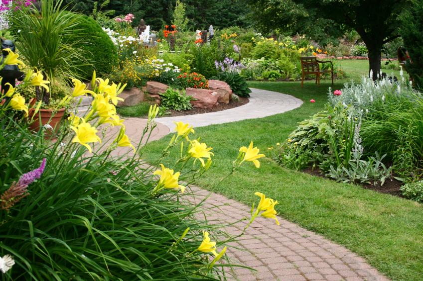 suburban landscaping in overland park, leawood, lenexa, topeka, wichita, and olathe.